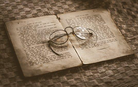Velho, livro, óculos, antigo, vintage