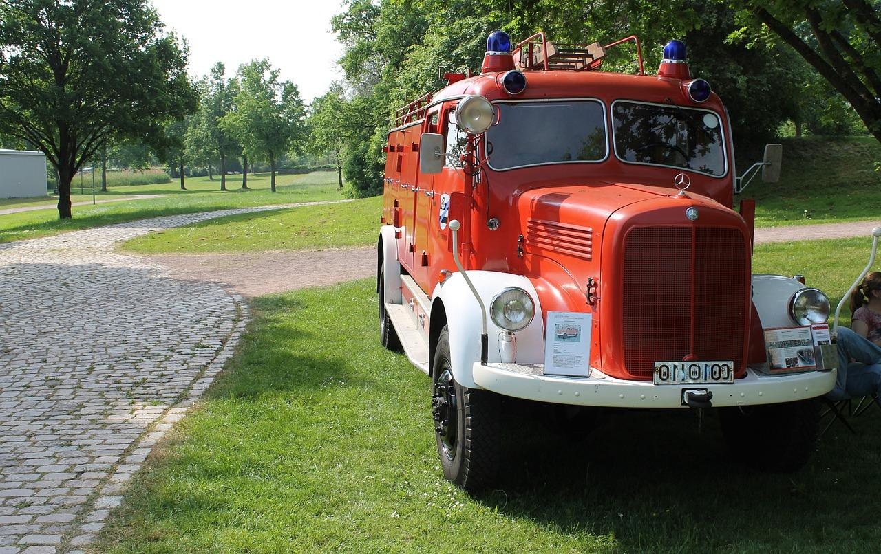 картинка старинных пожарных машин данные входа