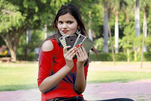 Девушка С Мобильного, Мобильная Реклама