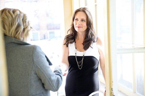 就職の面接, インタビュー, 仕事, 女性実業家, 女性, ハンドシェイク