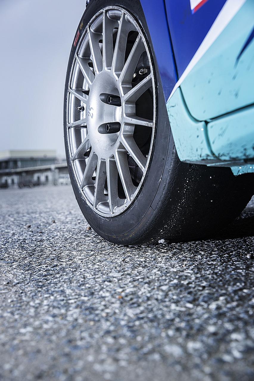Honda Fit wheels in the rain