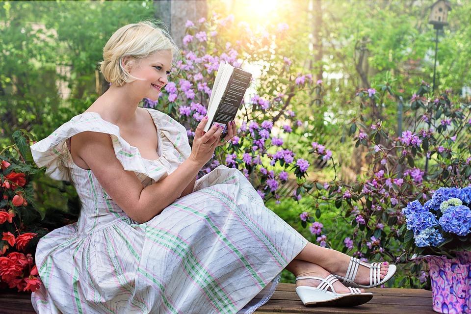 ebff34796 La Lectura Mujer Jardín - Foto gratis en Pixabay