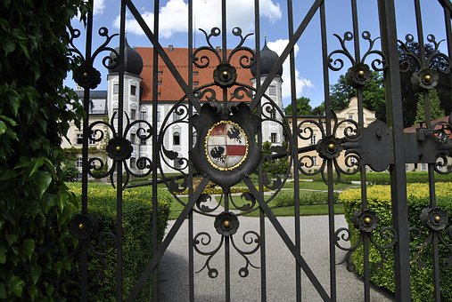 Castle, Gate, Input, Metal, Goal, Grid