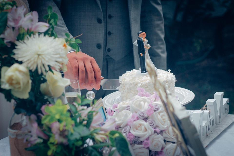 Wedding Cake Cutting The Free Photo On Pixabay