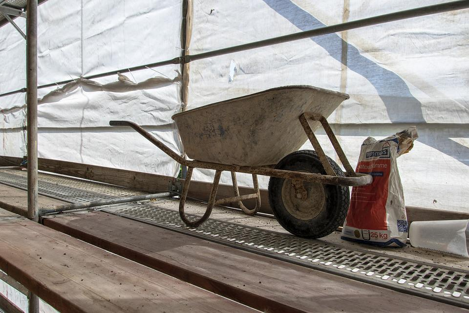 Site, Baustellengerüst, Scaffold, Wheelbarrow