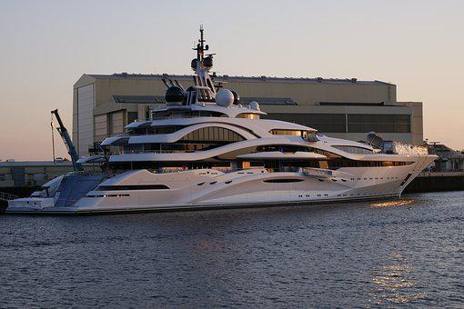 Luxury Yacht, Yacht Building, Shipyard