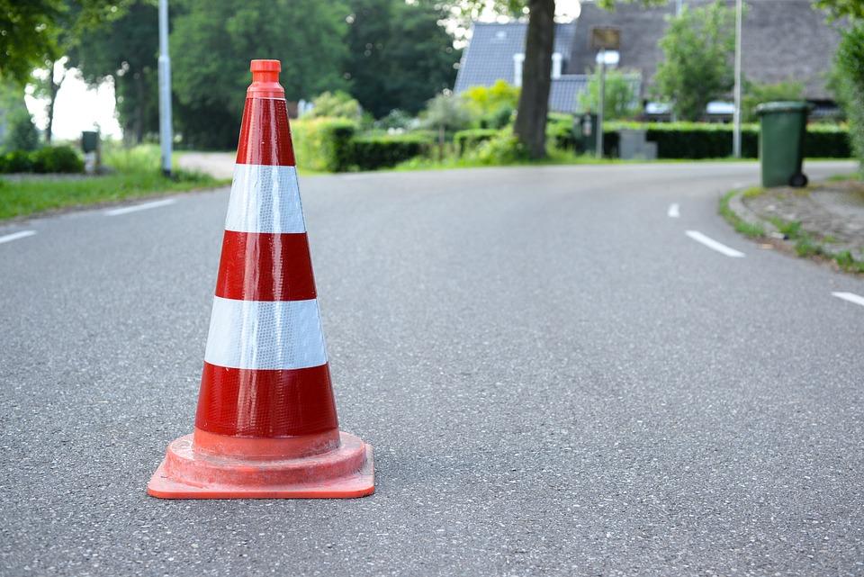 Image result for Pengaman lalu lintas