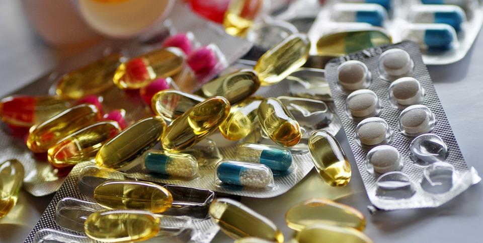 Compresse, Farmaci, Pillole, Farmacia, Trattare Con