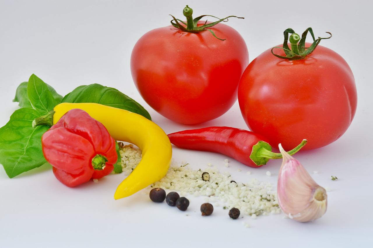 chili peppers, tomatoes, and spices