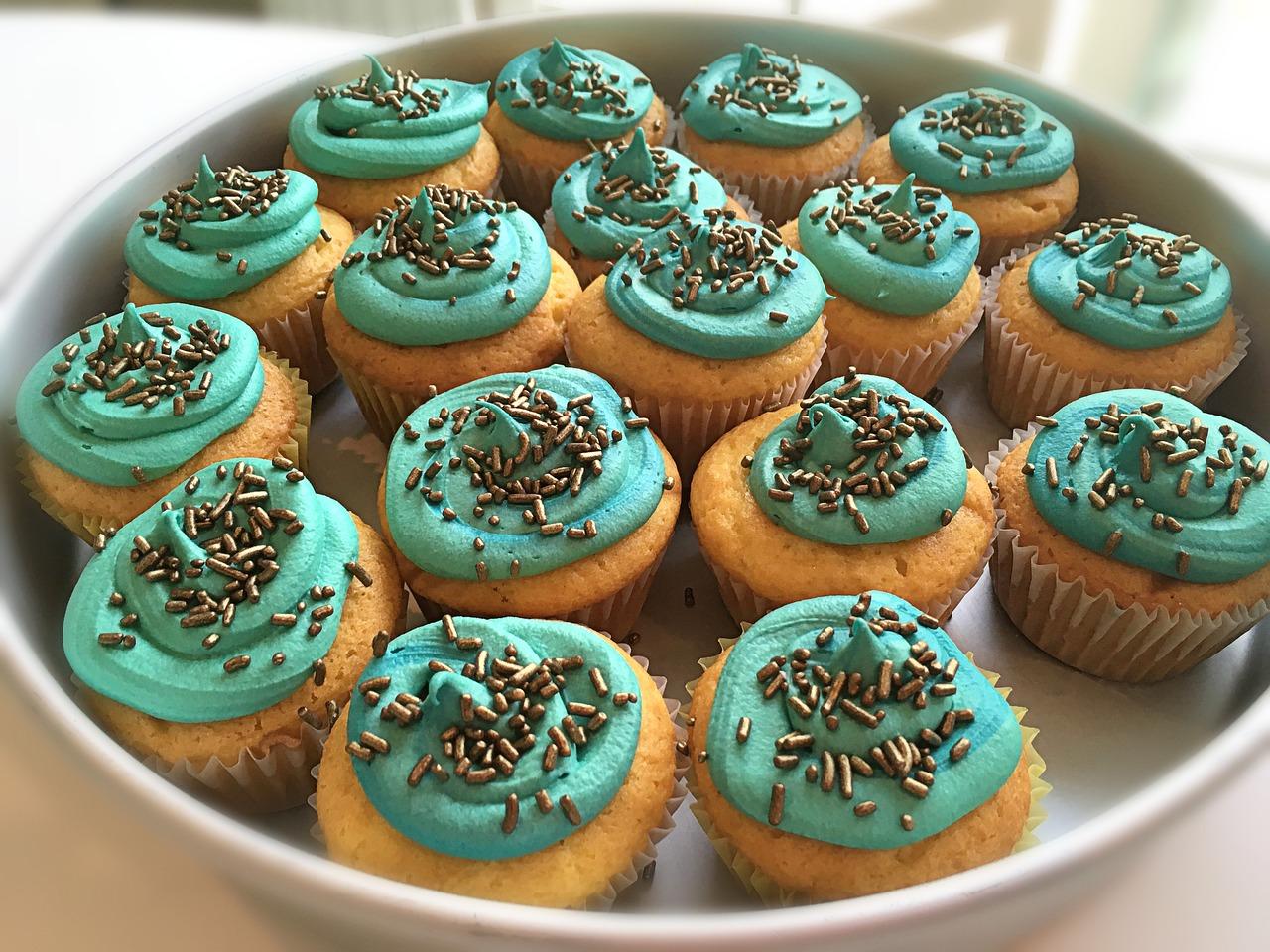cupcakes-3449167_1280.jpg