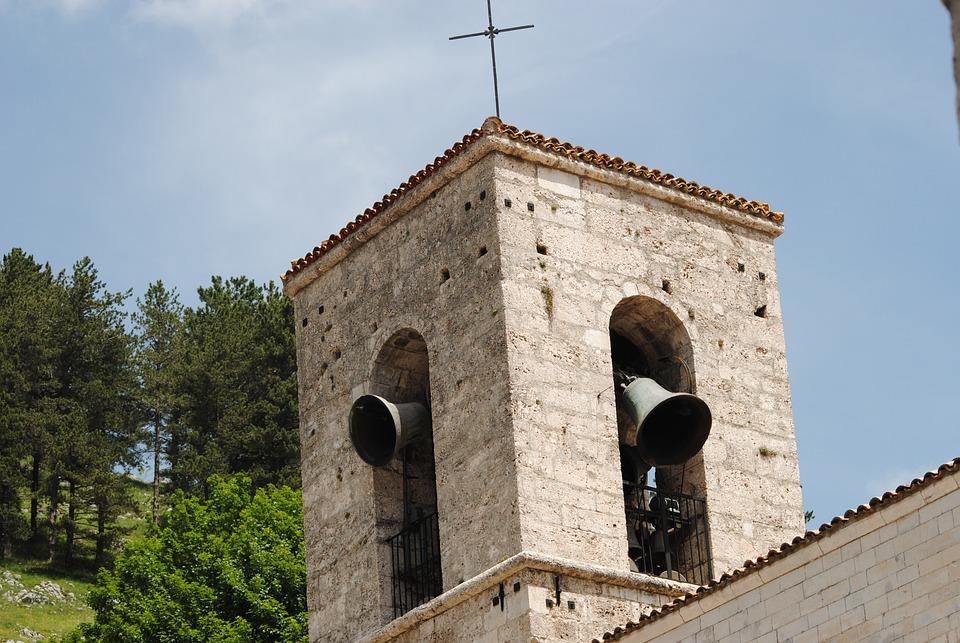 鐘 教会 ペスカッセーロリ · Pix...