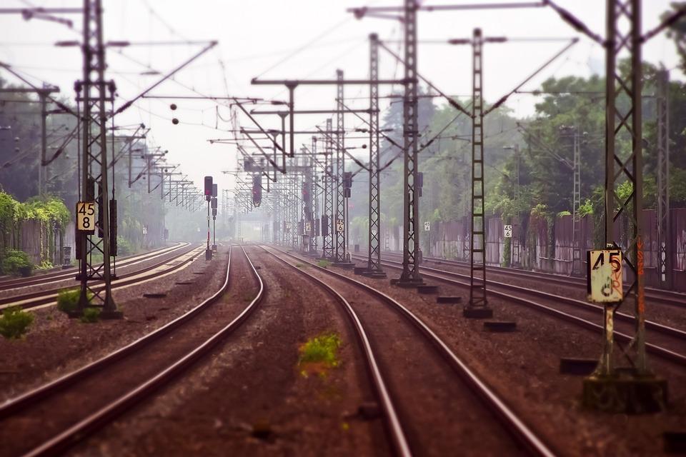 Gleisanlagen, Eisenbahn, Eisenbahnschienen, Strecke
