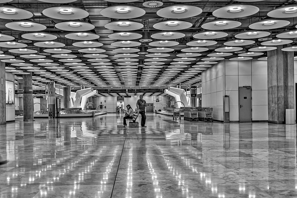 Аэропорт Мадрида Очень Запутанная История