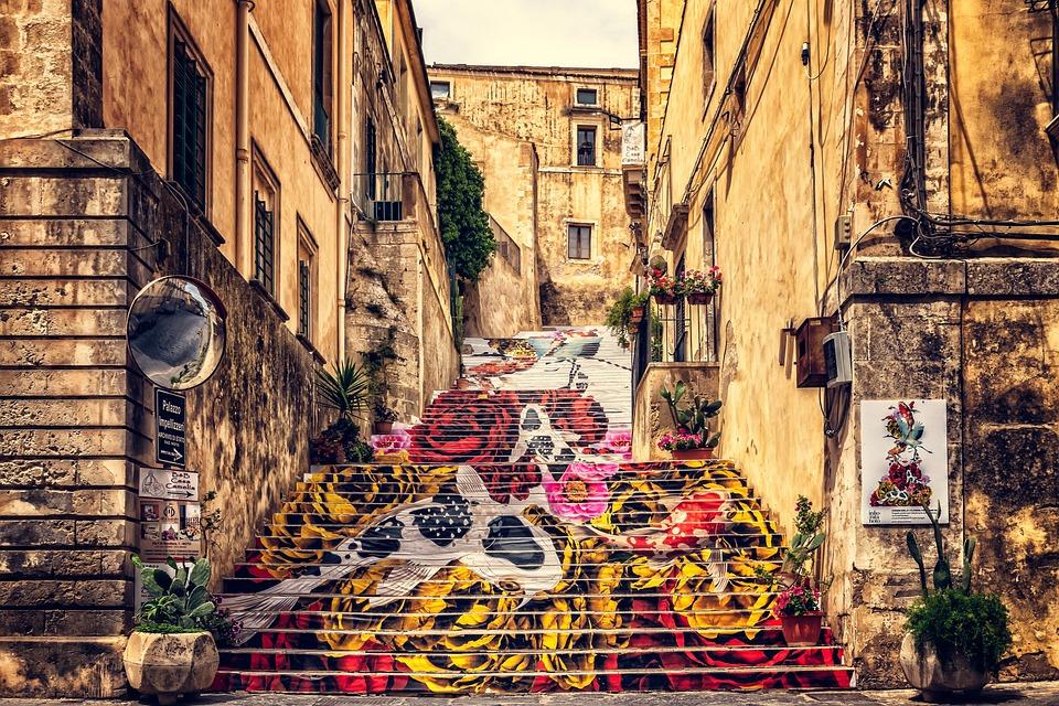 https://pixabay.com/photos/sicily-noto-historic-center-italy-3456456/