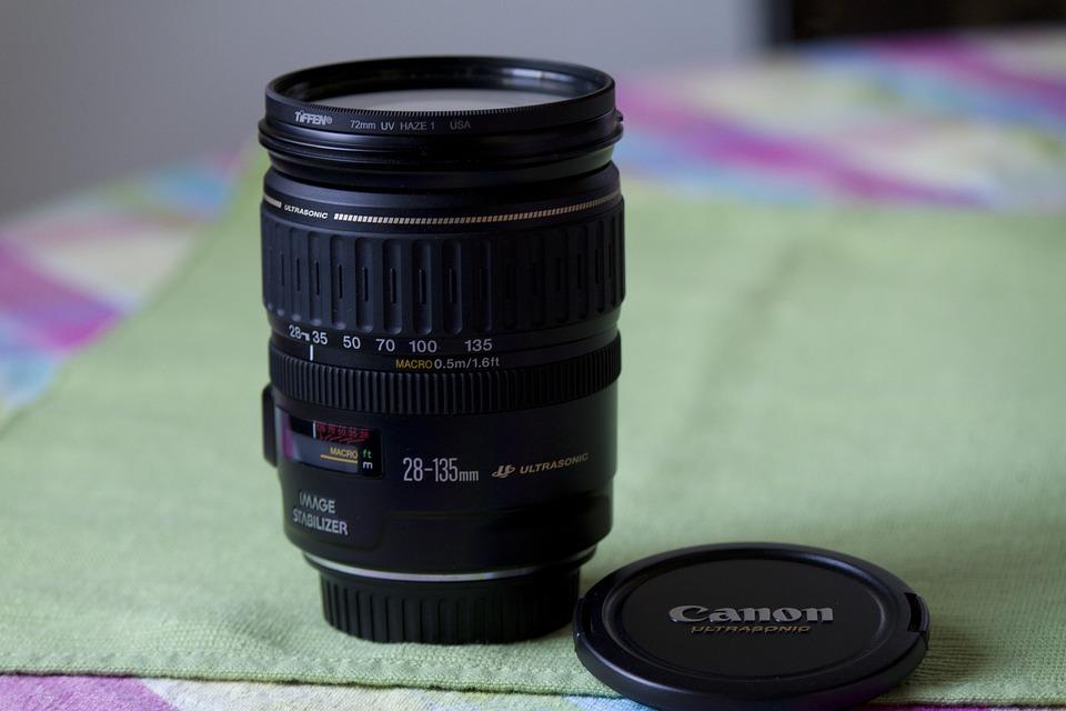lens-3471451_960_720.jpg