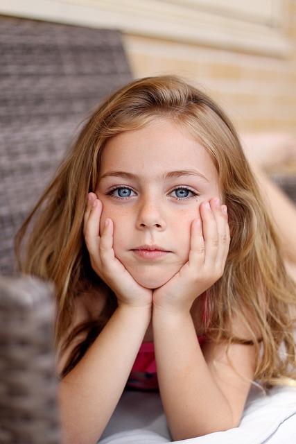 невинная девушка фото