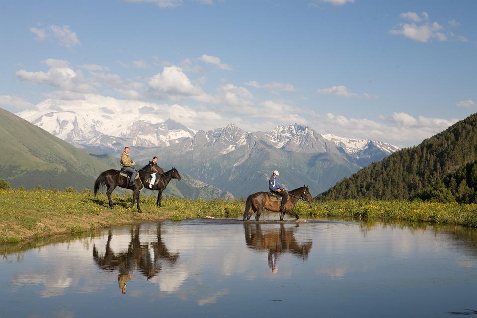 Kaukaz a turystyka konna