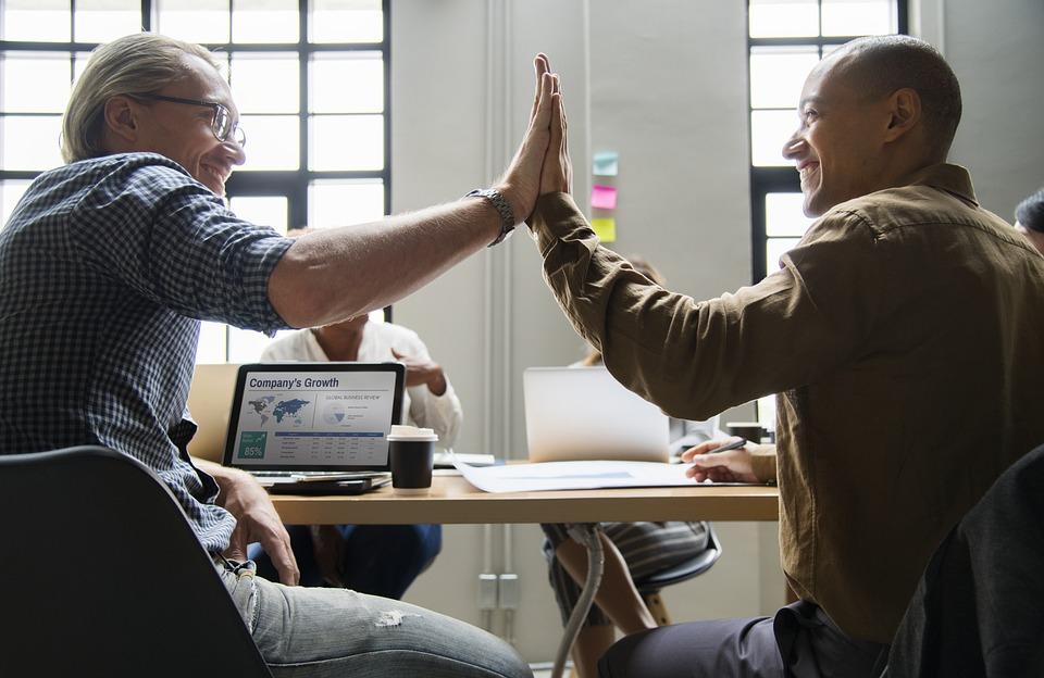 Как найти и договориться с партнером по бизнесу, заказчиком, инвестором?