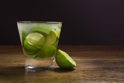 Limette - die geniale Zitrusfrucht kann mehr - Caipirinha