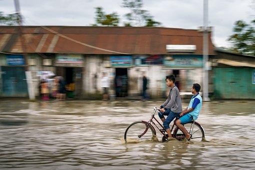 洪水, 子供, サイクル, 通り, 自転車, 子ども, 子, 少年