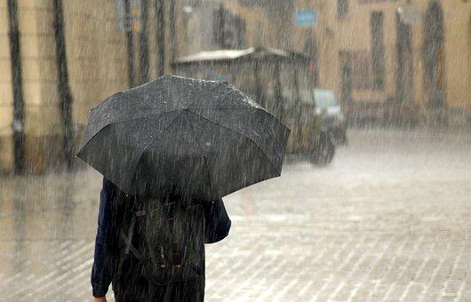 雨, 男性, 傘, 大雨, 徒歩での雨, 男, 人々, ウェット, 通り