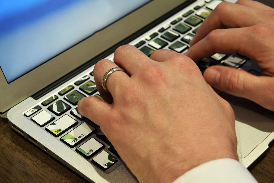 Как заработать на кликах 25 лучших сайтов для заработка в интернете без вложений