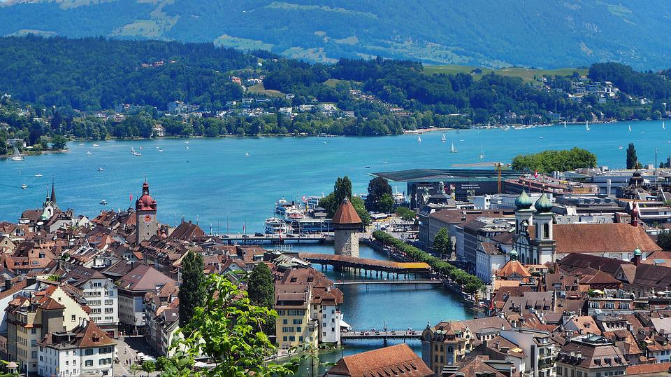 Luzern, Vierwoudstrekenmeer Regio, Kapel Brug