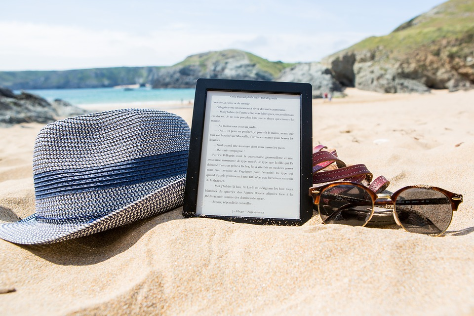 Ebook, Hat, Sunglasses, Summer, Holiday, Sun, Beach