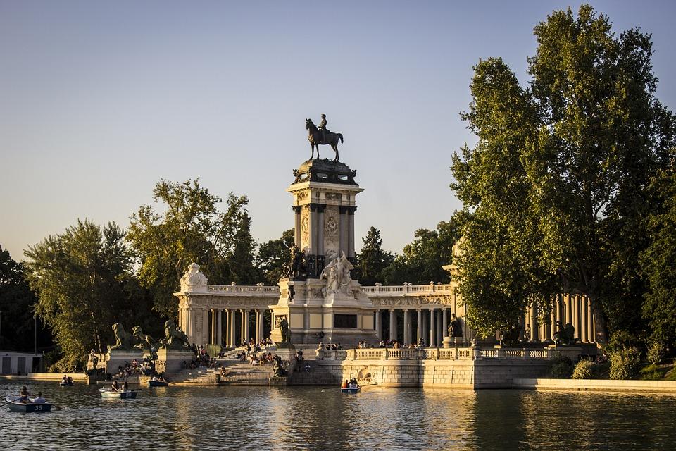 """Résultat de recherche d'images pour """"Parque del Retiro"""""""