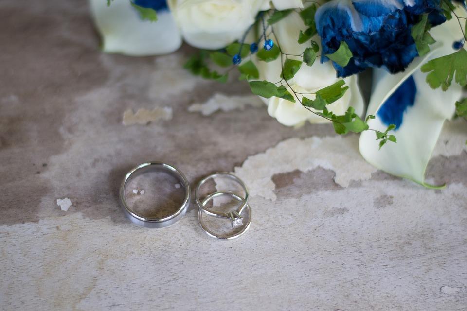 Ringe Hochzeit Blumen Kostenloses Foto Auf Pixabay