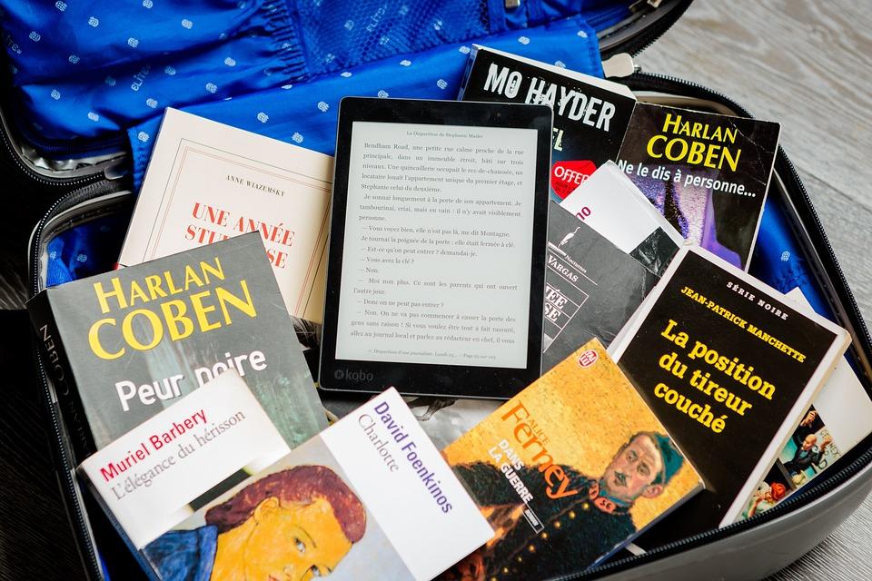 Suitcase, Books, Reading, Luggage, Travel, Ebook