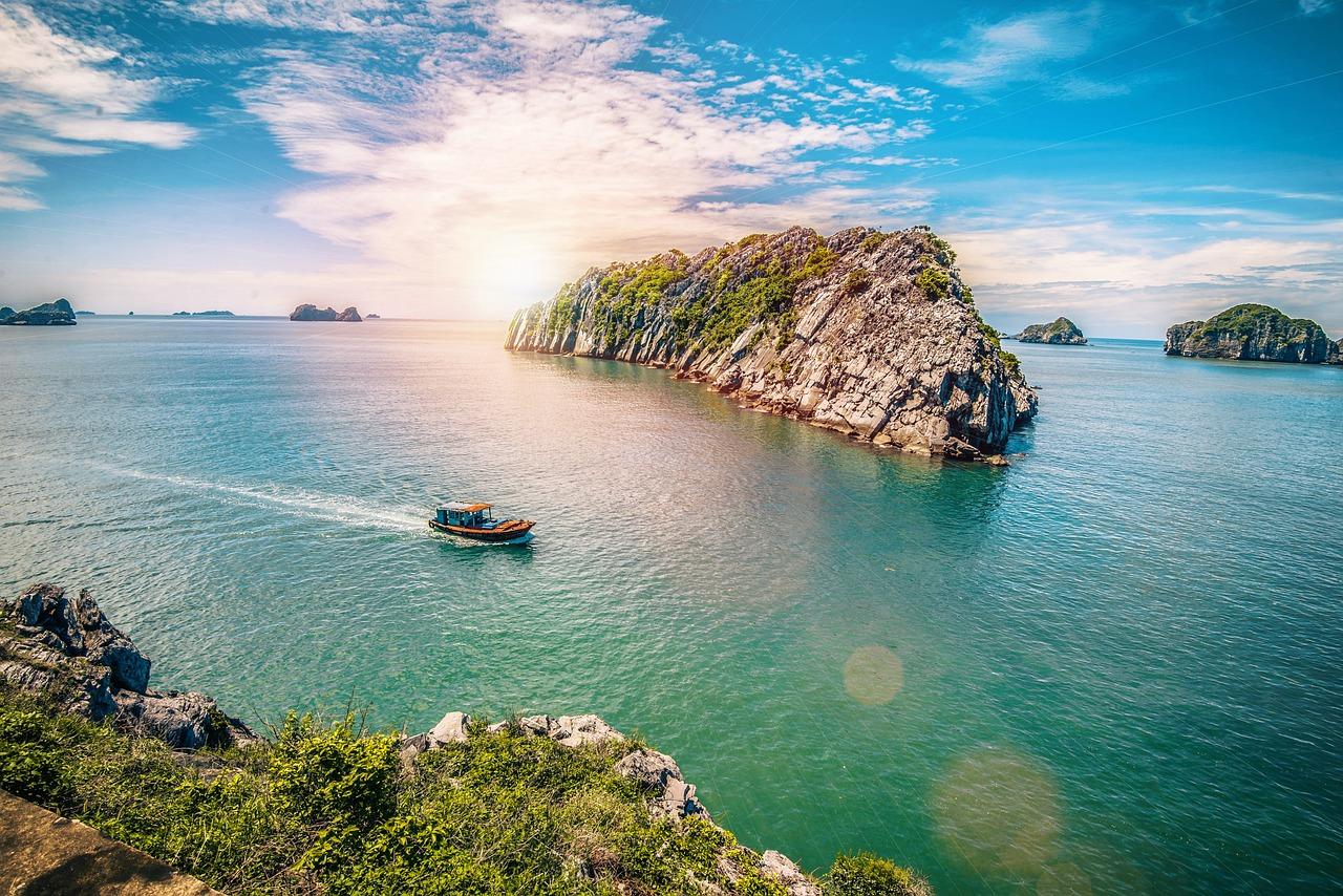 Cát Bà Island