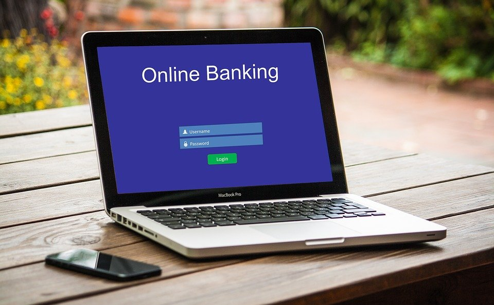 How Good Are Online Banks and Are They Great for International Business Transfers?