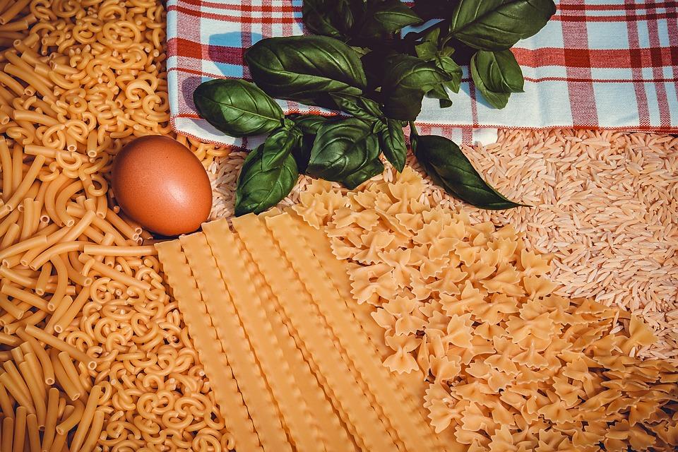 Pasta, Macaroni, Gobbetti, Mafaldine, Farfalle, Orzo