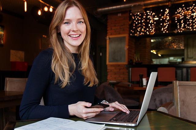 ビジネス, レディ, 女性, 女の子, コンピューター, 笑顔, カフェ, 仕事, 相談, 美しい, 成功、