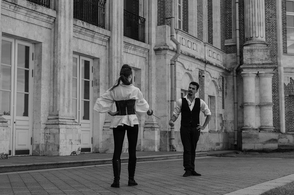 城, 刀, 戦い, のEpee Fencers, Tsaritsyno, ホームステッド, 宮殿, 彼と彼女
