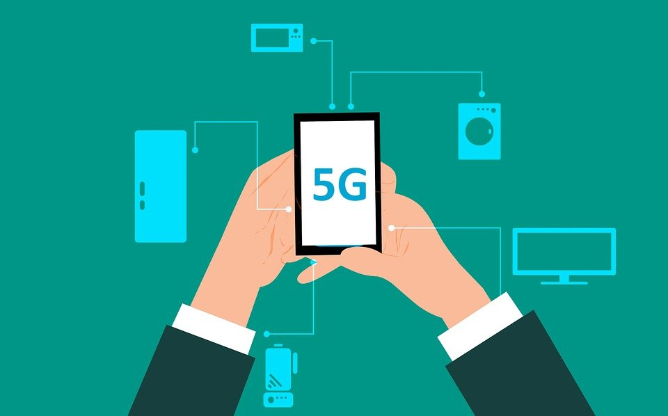 What exactly is 5G? Read more to find out. Source: Pixabay