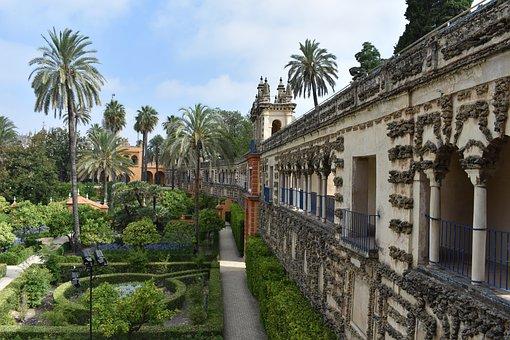 Real Alcázar De Sevilla, Alcázar