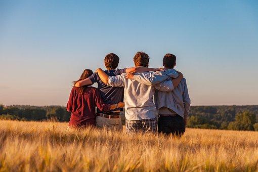 Nuoret, Ryhmä, Ystävät, Ystävyys