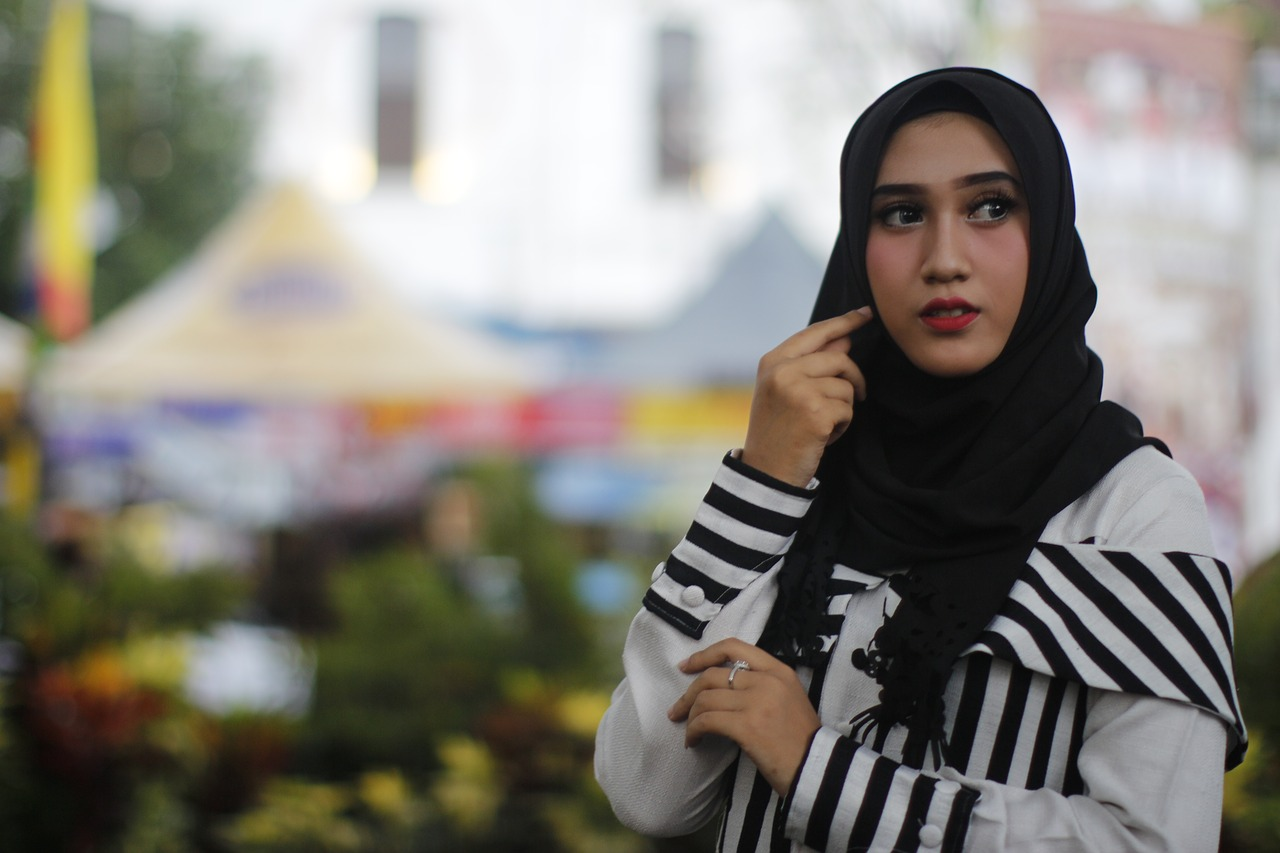 netcong single muslim girls The late hassan turabi argued that not a single word in the qur'an or the sunnah prohibits muslim women from marrying outside the faith he counselled women who converted to islam to remain.
