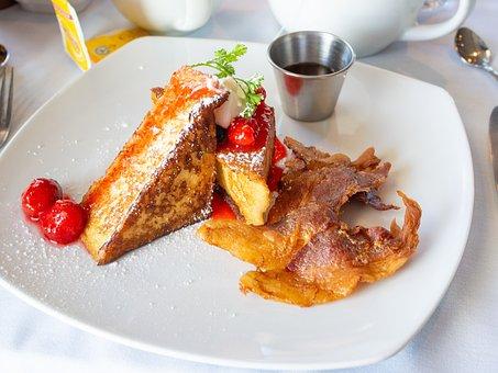 朝食, フレンチトースト, シロップ, メープルシロップ, ベーコン, 栄養