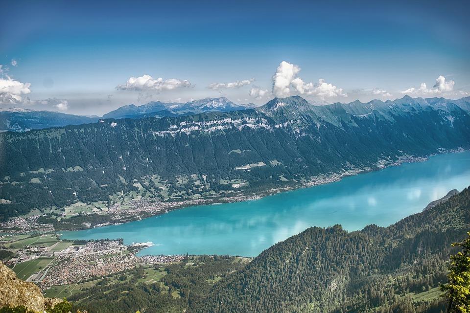 Interlaken-Lake-Brienz