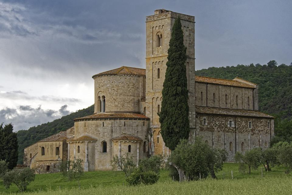 Degustazioni a Montalcino abbazia di Sant'Antimo