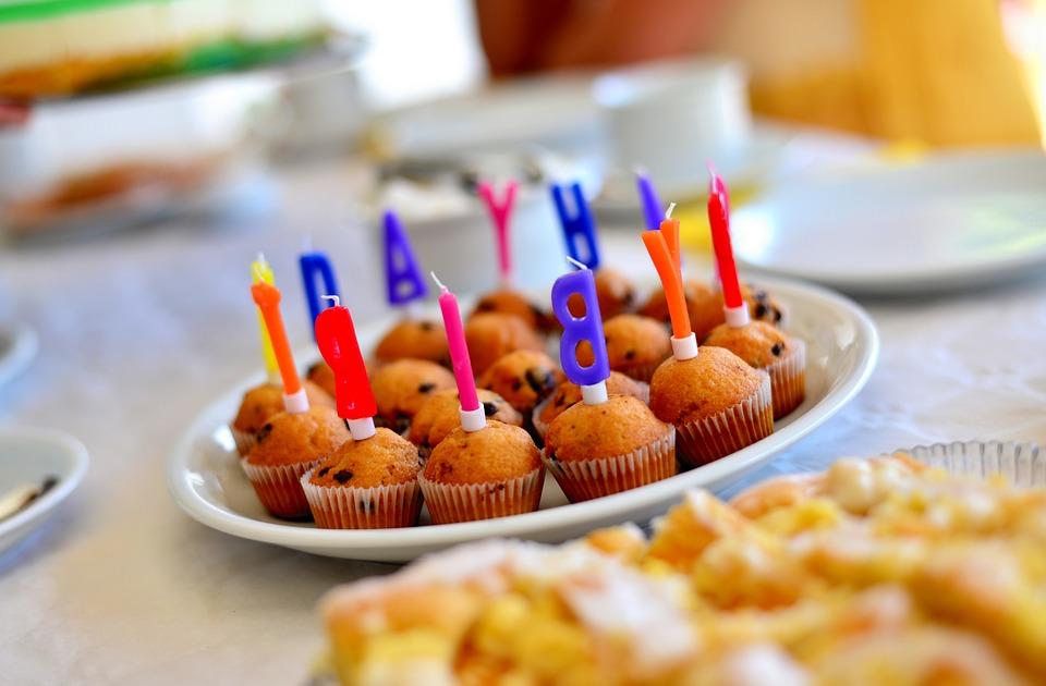 Geburtstag Happy Birthday Kuchen Kostenloses Foto Auf Pixabay