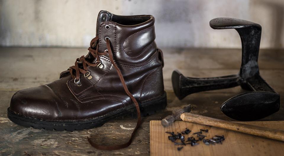 Shoemaking Shoe Shoemaker - Free photo on Pixabay