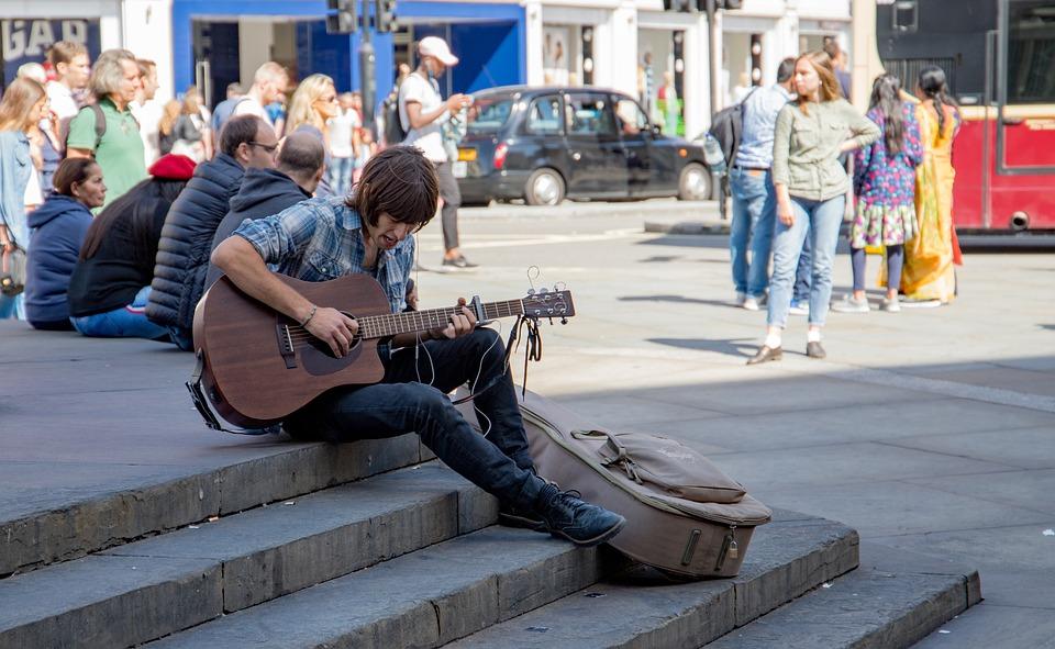 Jongeren, Straat, Muzikant, Muziek, Man, Gitaar, Stad