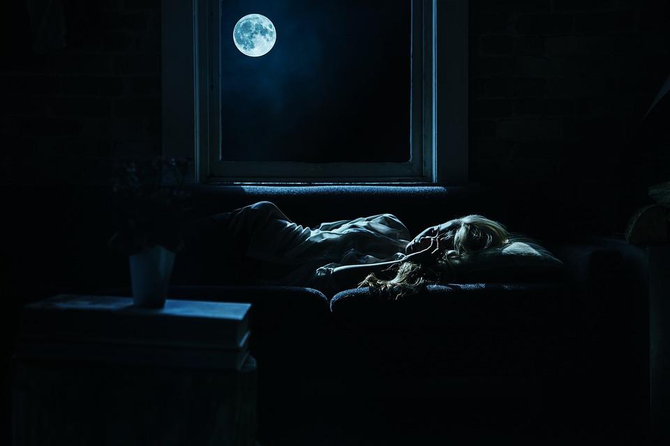 Как перестать бояться темноты и научиться засыпать спокойно