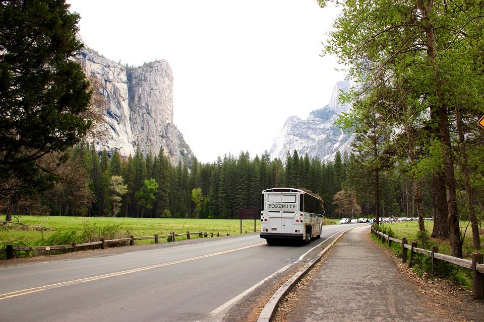 Snelweg, Berg, Bus, Landschap, De Weg