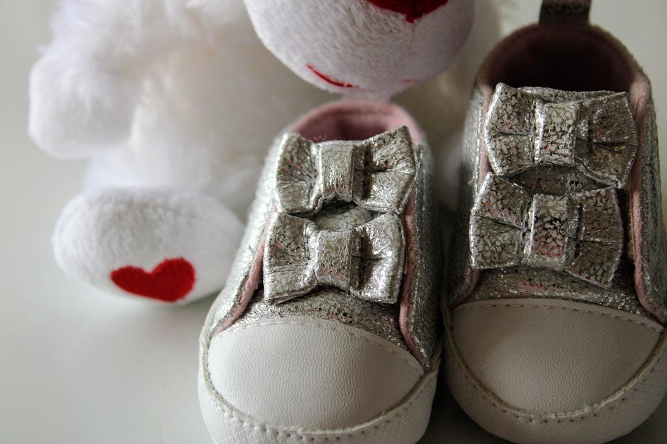 En Bebé Alquiler Pixabay Gratis Zapatos De Foto Chica PXiTOZuk