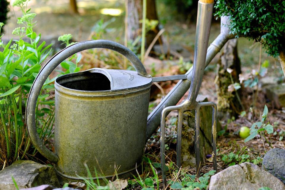 じょうろ, 掘フォーク, ガーデニング, 庭, 環境, 自然, 工場, 仕事, Grtenpflege